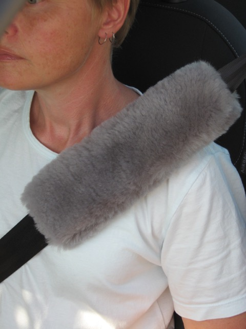 Stone sheepskin seat belt cover